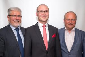 Bürgermeister Josef Mend und Stellvertretender Bürgermeister Ludwig Weigand mit dem FWI-Bürgermeisterkandidaten Dieter Lenzer